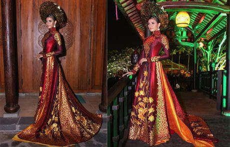 A hau Truong Thi May dep long lay trinh dien ao dai - Anh 2
