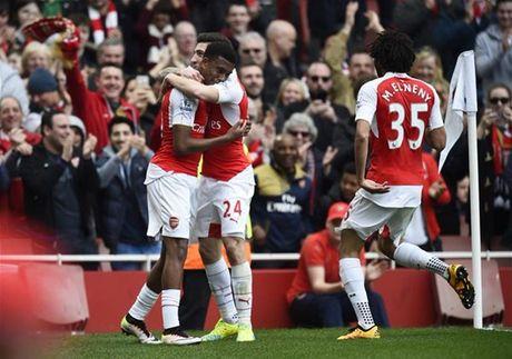 Iwobi lai toa sang, Arsenal huy diet Watford - Anh 1