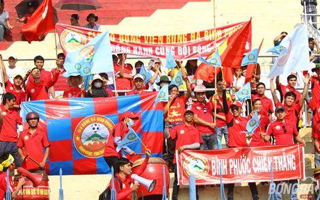 Khan gia Binh Phuoc doi nang tiep lua thay tro Minh Phuong - Anh 6