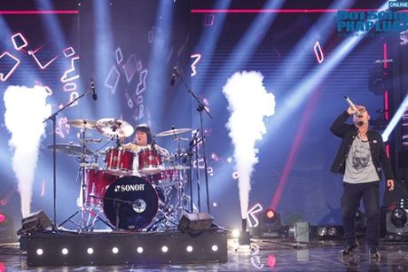Vietnam's Got Talent ban ket 4: Trong Nhan xuat sac vao chung ket - Anh 3