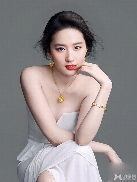 Song Hye Kyo khong lot noi top 10 nguoi dep chau A 2016 - Anh 12