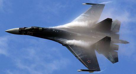 Indonesia quyet sam sieu may bay chien dau Su-35 cua Nga - Anh 1