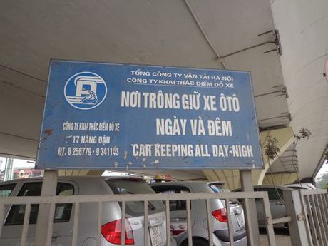 Ha Noi: Gam cau van bi bien thanh bai gui xe - Anh 4