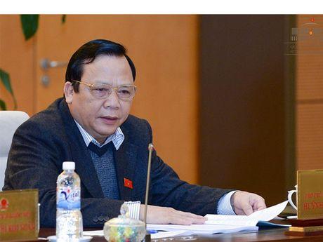 Mien nhiem Pho chu tich Quoc hoi Huynh Ngoc Son - Anh 1