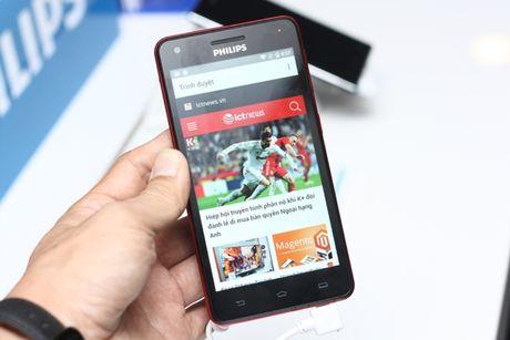 Philips ra mat thi truong Viet Nam 2 smartphone tranh hai mat - Anh 6