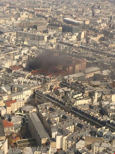 No gas du doi tai Paris: 17 nguoi bi thuong - Anh 4