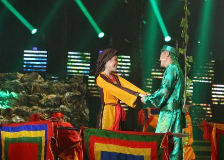 Van Quang Long hat lac giong nhung van nhan diem cao nhat - Anh 2