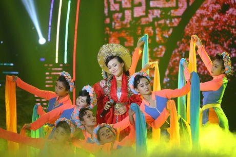 Van Quang Long hat lac giong nhung van nhan diem cao nhat - Anh 8
