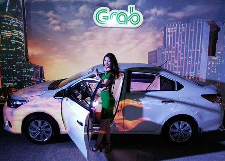 Taxi GrabCar xac dinh so tien truoc khi chay - Anh 1