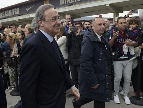 TRUC TIEP Barca - Real Madrid: Zidane va cac hoc tro da den Camp Nou - Anh 3