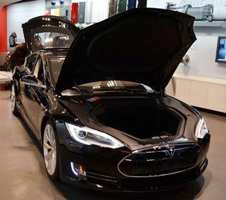 Tesla Model S co he thong phong chong Vu khi hoa sinh - Anh 3