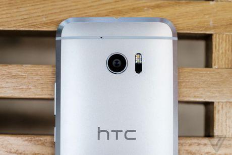 Anh thuc te HTC 10: Thiet ke quen thuoc, chuyen nghe nhac - Anh 3