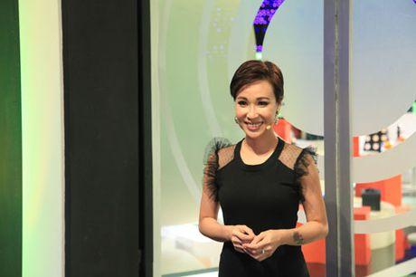 """Uyen Linh len truyen hinh xoa bo nghi an """"chanh"""" - Anh 2"""