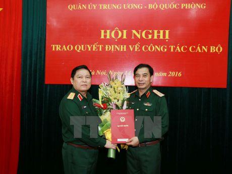 Trao quyet dinh cua Thu tuong bo nhiem Thu truong Bo Quoc phong - Anh 1