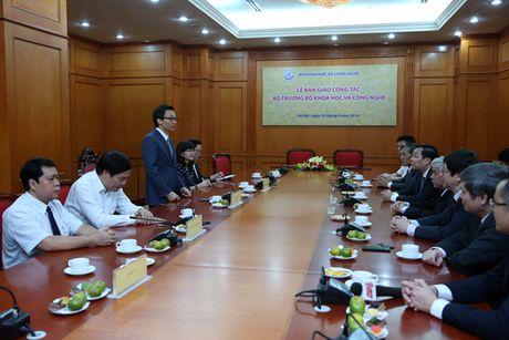 Bo truong Bo KH&CN nhan ban giao cong tac - Anh 2