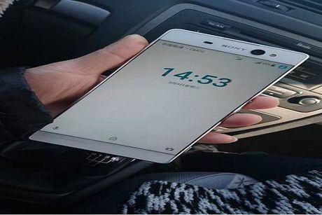 Sony Xperia X ro ri, man hinh 6 inch, camera khung - Anh 1