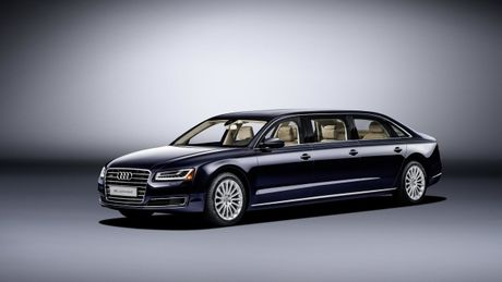 Audi A8 L sau cua - Phien ban danh cho Hoang gia - Anh 1