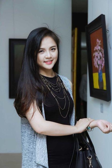 Vo nam dien vien Chi Nhan da 'hoi suc' sau ly hon - Anh 2