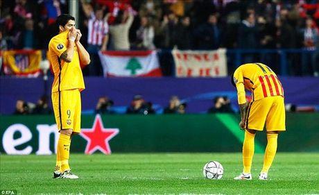 Atletico Madrid 2-0 Barcelona: Griezmann khien 'loi nguyen' Champions League linh nghiem - Anh 1
