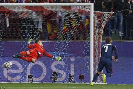 Atletico Madrid 2-0 Barcelona: Griezmann khien 'loi nguyen' Champions League linh nghiem - Anh 4