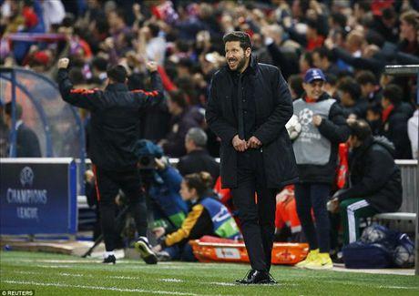 Atletico Madrid 2-0 Barcelona: Griezmann khien 'loi nguyen' Champions League linh nghiem - Anh 6