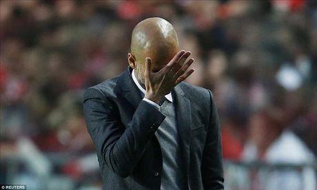 Vuot qua Benfica, Bayern cua Pep Guardiola tiep buoc Man City, Real va Atletico vao ban ket - Anh 1