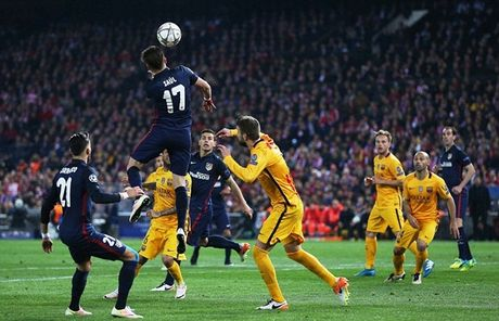 "Messi ""giau nuoc mat"" nhin Atletico gianh ve vao ban ket Champions League - Anh 2"