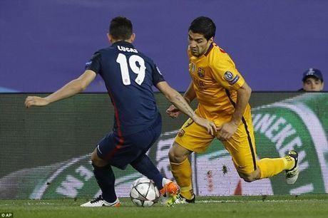 Thua Atletico Madrid, Barcelona tro thanh cuu vuong UEFA Champions League - Anh 2