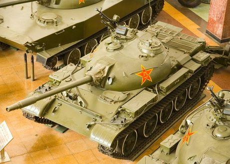 Anh cuc hiem xe tang Type 62 cua Campuchia - Anh 3