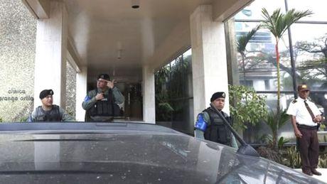 Canh sat Panama dot kich tru so Cty Mossack Fonseca - Anh 1
