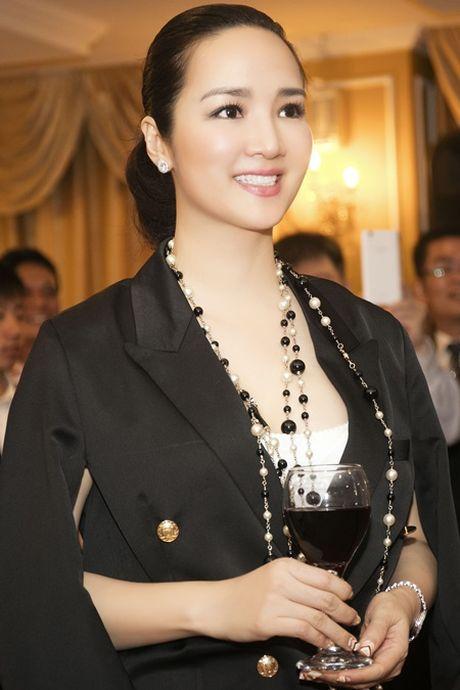 Hoa hau Giang My sang trong trong buoi le nham chuc Dai su Thien chi - Anh 3