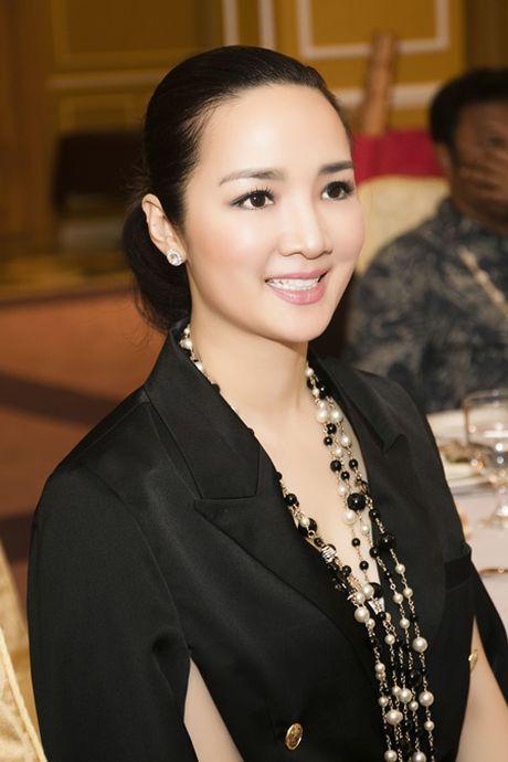 Hoa hau Giang My sang trong trong buoi le nham chuc Dai su Thien chi - Anh 6