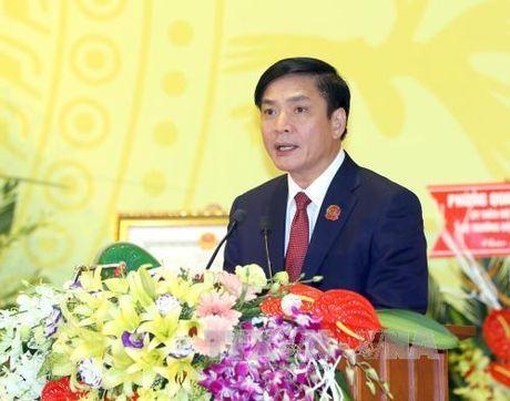 Ong Bui Van Cuong giu chuc Chu tich Tong Lien doan Lao dong Viet Nam - Anh 1