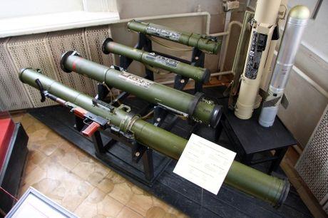 RPG-29 - Sung chong tang Nga co the xuyen thung vo thep [VIDEO] - Anh 2