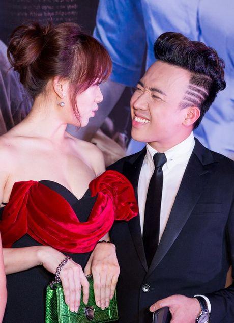"Tran Thanh - Hari Won lien tuc tinh tu ""gay bao"" - Anh 8"