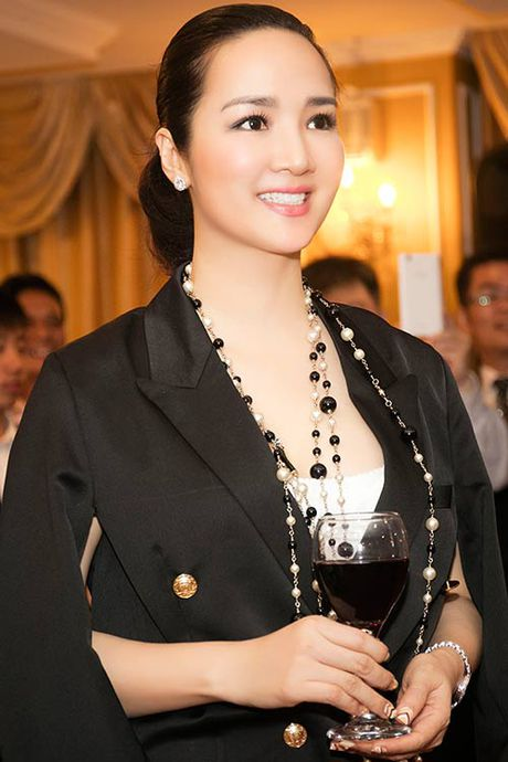 Giang My khoe giong hat ngot ngao ngay len chuc Dai su - Anh 6