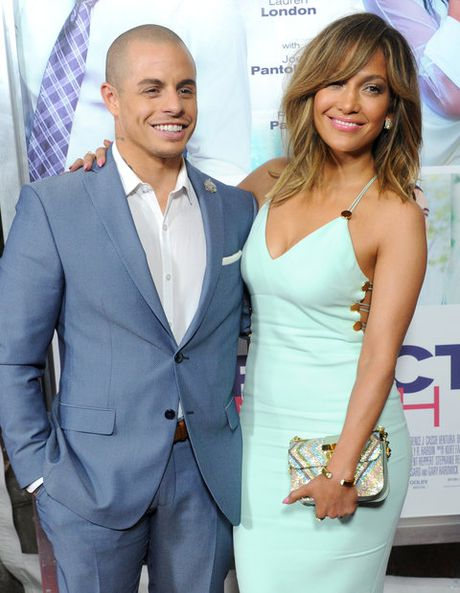 Jennifer Lopez tung kho tha thu cho chong cu - Anh 11