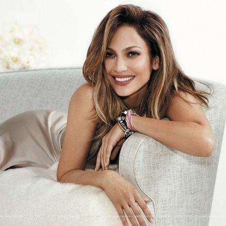 Jennifer Lopez tung kho tha thu cho chong cu - Anh 1