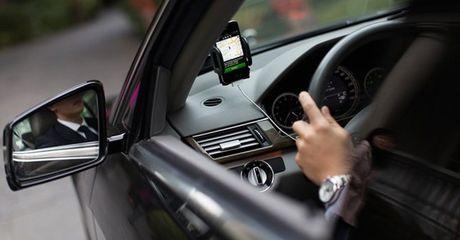 Nhieu tai xe Uber mang chui khach hang - Anh 1