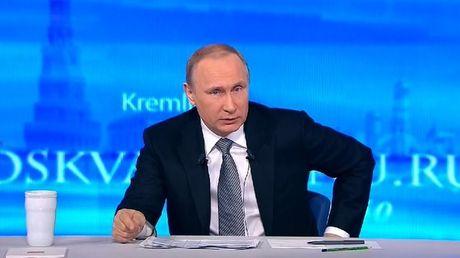 """Truc tiep voi Putin: """"Neu Poroshenko va Erdogan duoi nuoc, cuu ai truoc?"""" - Anh 3"""