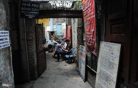 Phong tro dieu hoa gia 15.000 dong o Ha Noi - Anh 1