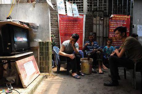 Phong tro dieu hoa gia 15.000 dong o Ha Noi - Anh 8