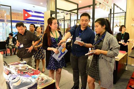 Lotte Mart tim hang Viet de phan phoi tai Han Quoc - Anh 1