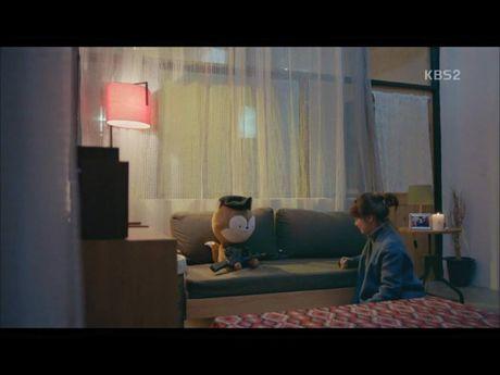 Hau due mat troi tap 15: Song Hye Kyo, Kim Ji Won khoc het nuoc mat khi hay tin ban trai hy sinh - Anh 15