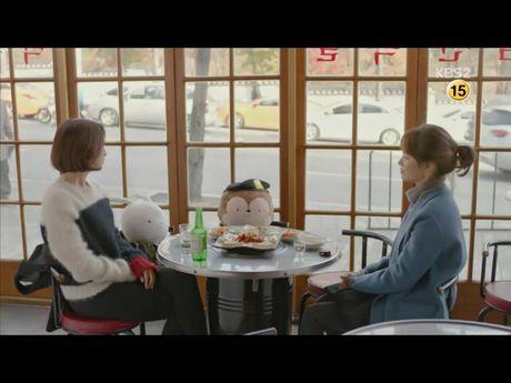 Hau due mat troi tap 15: Song Hye Kyo, Kim Ji Won khoc het nuoc mat khi hay tin ban trai hy sinh - Anh 16