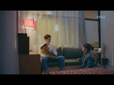 Hau due mat troi tap 15: Song Hye Kyo, Kim Ji Won khoc het nuoc mat khi hay tin ban trai hy sinh - Anh 18