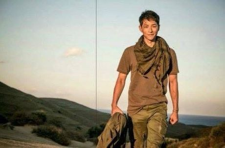 Hau due mat troi tap 15: Song Hye Kyo, Kim Ji Won khoc het nuoc mat khi hay tin ban trai hy sinh - Anh 20