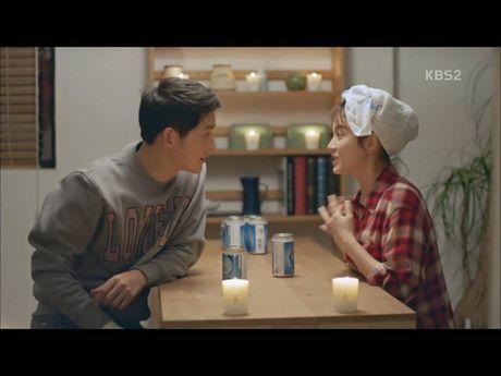 Hau due mat troi tap 15: Song Hye Kyo, Kim Ji Won khoc het nuoc mat khi hay tin ban trai hy sinh - Anh 5