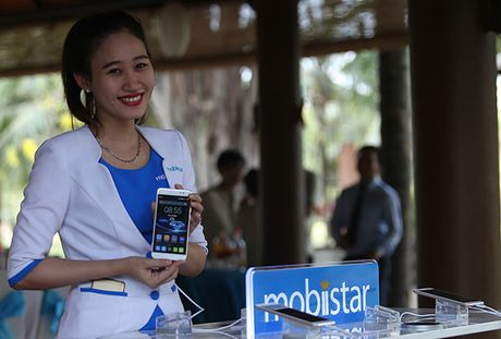 Chum anh nong hoi lo dien smartphone cao cap nhat Prime X Max cua Mobiistar - Anh 1