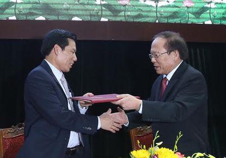 Bo truong Nguyen Ngoc Thien nhan ban giao cong viec - Anh 1